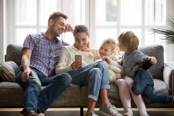 Uusperhe on Suomessa tavallinen perhemuoto, jota ei välttämättä tunnisteta